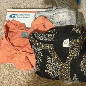 Mystery Bundle- ANTHROPOLOGIE BRANDS 👀✨ 👀 3 item
